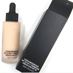 Hot MC Visage Maquillage Fondation Studio Waterweight SPF 30 PA ++ 30 ML Concealer Liquid Foundation par DHL