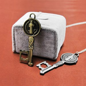 Çapraz anahtar Crucifix Jesus Piece kolye kolye GoldSilver Renk Metal Erkekler Hıristiyan Takı hediyeler Namaz