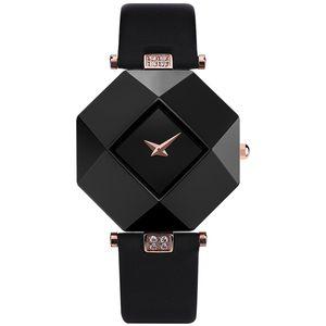 2020 Hot mulheres Venda de relógios de Moda de Nova Vestido Mulheres Relógios caso de cerâmica Correia de couro Relógio Feminino Lady Quartz Relógio de pulso BRW