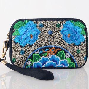 Al por mayor de la vendimia del bordado chino Características étnicas bolso de la moneda del embrague bordado floral monedero de la cremallera del bolso del teléfono de larga cartera
