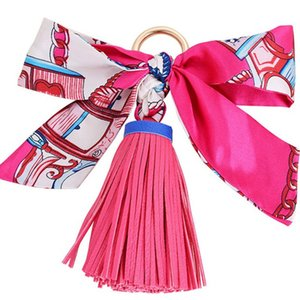 Yeni Kore Tarzı Moda Ipek Eşarplar Ilmek Anahtarlık PU Deri Püsküller Anahtarlıklar Kadın Çanta Charm Kolye Anahtarlıklar