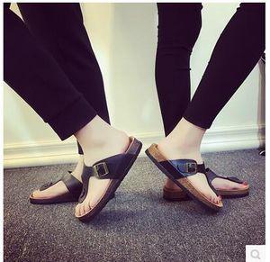 Chaussures de plage tongs été liège pantoufle femme sandales plates pantoufles antidérapantes Plage Casual pantoufle cool 2pcs / paire OOA1674