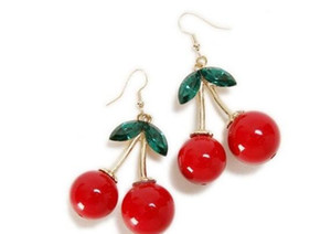 500pairs Cherry Dangle Earrings Lovely Red Fruit Ear Stud Rhinestone di cristallo Orecchini di fascino di moda Ciondola per le donne