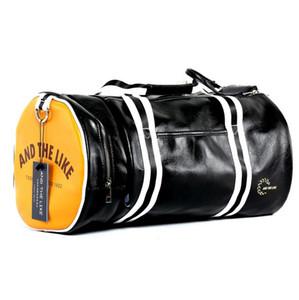 Oferta especial Nuevo Bolso de deporte al aire libre de alta calidad de PVC Soft Leatherr Gym Fitness Bag Hombres Equipaje Viajes Duffel Bags
