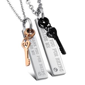 Romantic His Hers Matching Set Juego de llaves de acero inoxidable de titanio Promesa Colgante Regalos de San Valentín para él y para ella