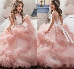 Уникальный конструктор Blush Pink Flower Девочки Платья 2017 бальные платья каскадные оборки Длинные Pageant халатов для маленькой девочки MC1290