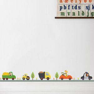 Мультфильм автомобили транспорт грузовик на шоссе дерево цветы стены стикеры дети спальня детские стены росписи плакат искусство декоративные обои
