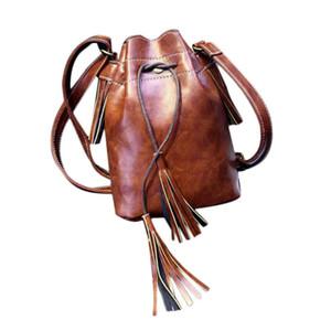 Wholesale-Handbags Saddle Single Strap Leather Bag Shoulder Bags Fashion Solid No Zipper Versatile Bag sacoche homme