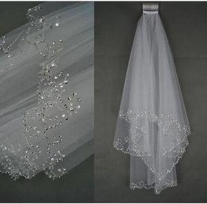 Glänzende handgefertigte Perlen Paillettenkante Hochzeitsschleier 2 Schichten Kurze Tüll Weiß / Elfenbein Bridal Veils 2019 Bester Verkauf