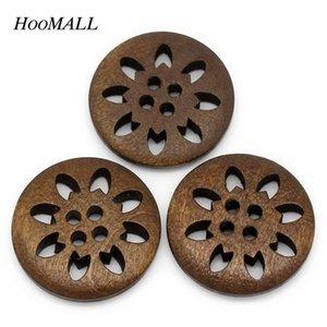 25PCs / set 25mm Botones de madera Costura Copo de nieve tallado 4 agujeros Scrapbooking marrón