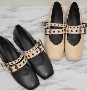 La nuova primavera 2017 quadrato di spessore con T tipo di scarpe in pelle scarpe con scarpe da donna nella moda