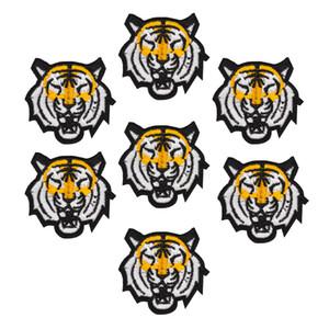 10 шт. Тигр патчи животных знак для одежды железа вышитые патч аппликация железа шить на патчи швейные аксессуары для одежды