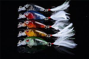 ABS Kunststoff Süßwasserfischerei Kurbel Köder 4g 4,5 cm Mini Elritze Köder 8 # Drillinge Angelgerät