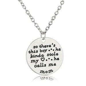 Collier pendentif en argent estampillé à la main donc il y a ce garçon il Kinda a volé mon coeur il m'appelle maman cadeaux de fête des mères Love SonMom