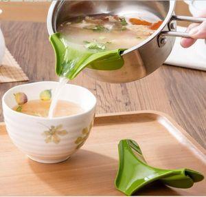 Antideslizante Cocina Embudo Gadget Silicona Slip On Pour Spout en Single Free para Ollas Sartenes y Tazones y Jarras Herramienta de cocina