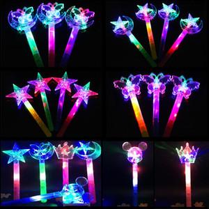 Enfants LED Light Sticks Gifts Les jouets pour enfants baguette magique fée magique Colorful Starlight Magic Bar gros princesse couronne flash stick