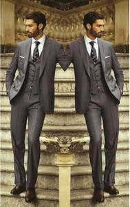 사용자 정의 만든 차콜 그레이 신랑 턱시도 Groomsmen 최고의 남자 남자 결혼식 정장 Office / Formal / Bridegroom Suit 3 piece (자켓 + 바지 + 조끼)