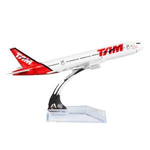 Yeni sıcak satış 1: 400 Brezilya TAM Havayolu Boeing 777 16 cm TAM Alaşım Metal Düzlem Oyuncak Uçak Doğum Günü Hediyeleri Noel hediyesi