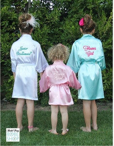 Mode Enfants Flower Girl Robes De Mariée Satin NightGown Monogrammé Soie Enfants Peignoir Junior Demoiselle D'honneur Brides Kimono