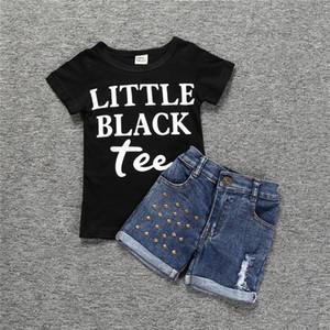 Conjuntos de Ropa niños Moda Negro camisetas + pantalones cortos de mezclilla para las niñas letra impresa de ropa para niños Equipos de verano 2 juegos de las PC