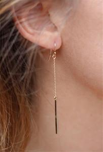 Длинные серьги с кисточками Серьги-гвоздики Модные украшения Шикарный дизайн Earing Accessories Ювелирные изделия One Simple Gold Silver Stick Bar Punk Dainty