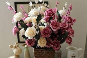 En gros 50 pcslot Vente chaude PE Artificielle Rose fleurs Bouquets Pour La Décoration De Mariage Décorative Guirlande DIY Artisanat Fleur pour Les Amoureux Du Mariage