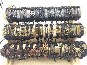 도매 대량 대량 50pcs / 팩 믹스 스타일 금속 가죽 팔목 팔찌 남자 여자의 보석 파티 선물에 대 한 팔찌