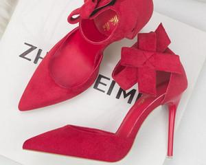 Papillon In pelle rossa Tacchi alti Punta a punta Rivetto Pompe Moda Marca Scarpe da donna 2017 Cinturino alla caviglia italiano Big Size34-39