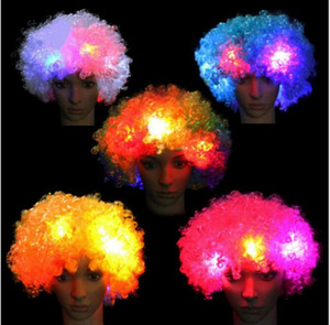 LED blinkt Explosion der Kopf Curly Perücke Fußball-Ventilator-Perücke Clown Halloween-Dekoration Bunte leuchtende Kopfbedeckung Partei Perücken