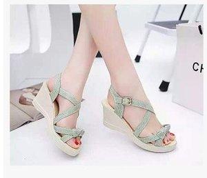 2017 мода женщины Клин Рим досуг обувь летние студенты рыба рот сладкий соломы сандалии обувь