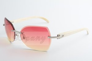 Our company sells new types of sunglasses, 8300818 high quality sunglasses, fashionable glasses and white angles: 60-18-140 mm