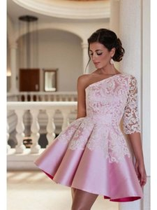 Pink A Line Homecoming Dress One spalla breve Prom Party Dresses con appliques Mini abiti da cocktail 2017 Nuovo arrivo