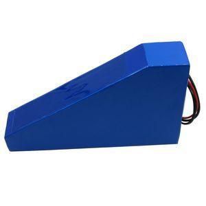 Ücretsiz torba ile Serbest gümrük vergisi 52V 30AH Lityum batarya 2500W 52V 30AH Üçgen şekli pil kullanım NCR18650GA 3500MAH hücresi