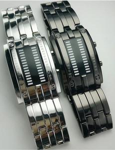 Gli stili impermeabili di 50M degli uomini della vigilanza degli uomini della vigilanza del doppio LED del metallo di stile 2colors della miscela all'ingrosso 70pcs / lot