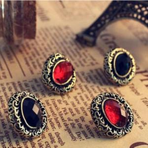 Vintage Lady Бронзового Резной выдалбливают овальные серьги Красного / Черного Кристалл Gem стержень ухо серьги ретро стиль ювелирных изделий Earing Ear Точность на лето