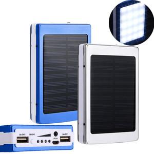 30000 mAh Caricabatterie solare e batteria Pannello solare 30000mAh Doppia porta di ricarica UAB Banca di alimentazione portatile con luce a LED per tutti i telefoni cellulari