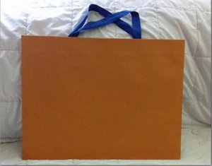 vendita all'ingrosso New Packaging Paper Shopping Gift Bag colore arancione 43cm