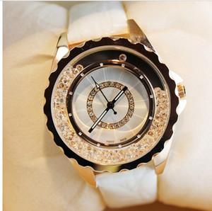 Yeni tasarımcı deri kayış kadınlar rhinestone saatler kadınlar elbise kuvars elmas bayan kol saati