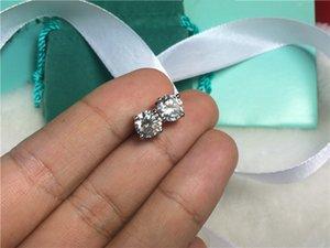 2 Karat / Çift Damızlık Saplama Küpe Sentetik Toptan Kaplama Nişan Platin Yıldönümü Prong Sona Kadınlar Diamond 4 Küpe FBXSP
