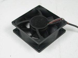 ADDA AD07012DB257300 DC 12V 0.30A Connecteur 3 fils 3 broches 70x70x25mm Ventilateur de refroidissement serveur