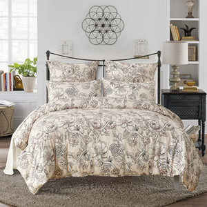 2018 Hot Sale New bedding set dovet set in flower pattern dovet cover and pillow cases free shipping