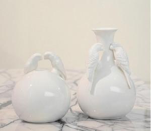현대 조류와 공 모양 세라믹 꽃병 홈 장식 탁상 꽃병 흰색 색상