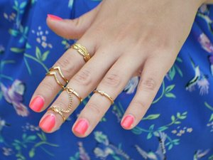 Hot selling 6pcs Diamonds V-shaped Leaves Joint Ring Rings with Chain Retro national wind style for wife girlfriend gift