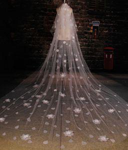 Romantik Katedrali Düğün Veils Bırak Çiçekler Fildişi Tül Uzun Gelin Peçe Gelin Düğün Aksesuarları