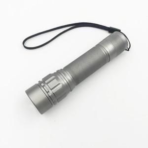 Teleskopik odak 2000 Lümen Zumlanabilir XM-L Q5 LED El Feneri Torch, Yakınlaştırma Lamba Işık Siyah / Altın / Gri Lanterna LED 3 Modları 18650 Penlight kullanın