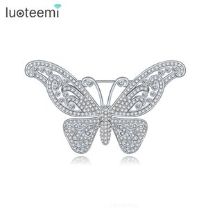 Delicada CZ Broches Vintage Pin Jewelry para Mujeres Crystal Butterfly Brooch Brillante Blanco-Oro Color New Arrival LUOTEEMI