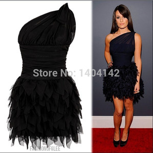 Sexy Little Black Cocktail Dresses Vestidos De Baile De Penas Um Ombro Sem Encosto Curto Desgaste Do Clube Em Miniatura Mini Prom Dressess