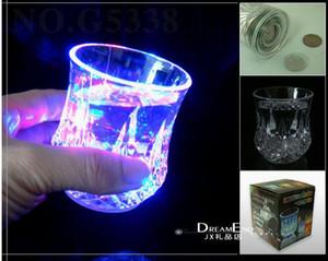 Tazze di plastica variopinte di vetro della tazza di compleanno della tazza della festa di compleanno della tazza al neon infiammante variopinta di vetro di colpo del bicchiere di vino