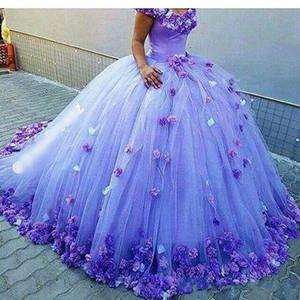 2018 Wunderschöne billige blaue Quinceanera Ballkleid Kleider Schulterfrei Mit 3D Blumen Sweet 16 Sweep Zug Plus Size Party Prom Abendkleider