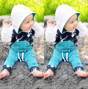 2016 heißer weihnachten Weihnachten hirsch Kleinkind Kinder Jungen Mädchen Hirsch Mit Kapuze Tops + Pants anzüge baumwolle hohe qualität kinder Outfits Set freizeitkleidung